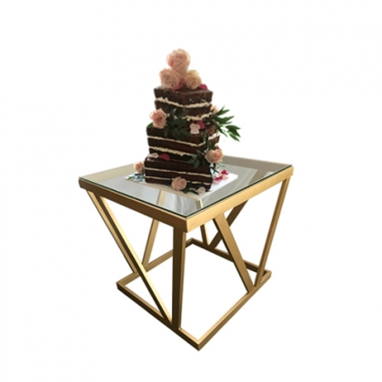 Cake table gold steel square base