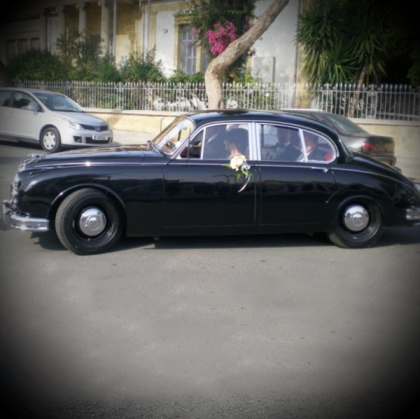 1965 Jaguar MKII (Black)