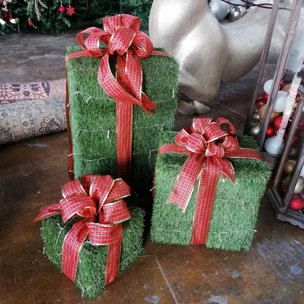 Grass Gift Boxes