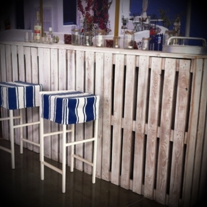 Bar Pallet (White) Rustic