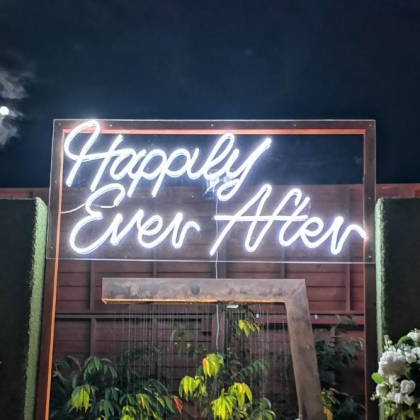 Neon Sign - Happily Ever After