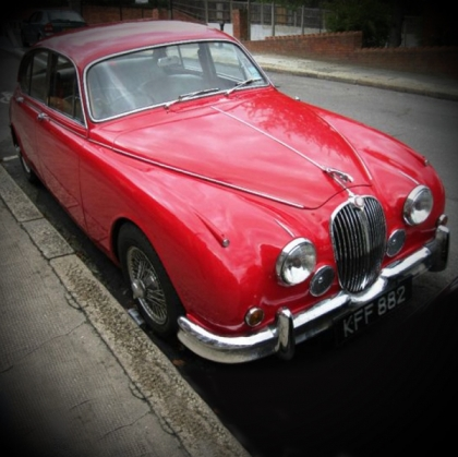 1965 Jaguar MKII (Red)