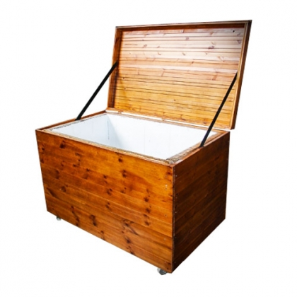 Wooden Ice Chest 100 Liters